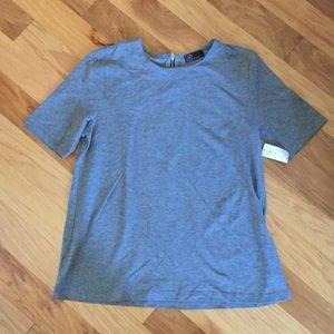 GAP NWT blue chambray t-shirt M